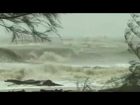 Tροπική καταιγίδα στην Ταϊλάνδη