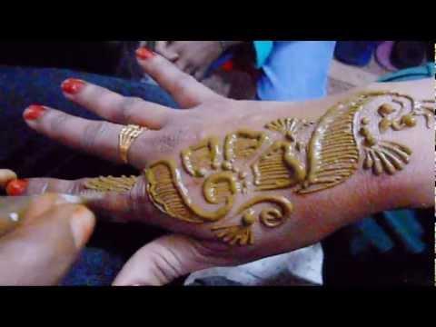 Mehndi Drawing Photos : Best karwa chauth mehndi designs easy design