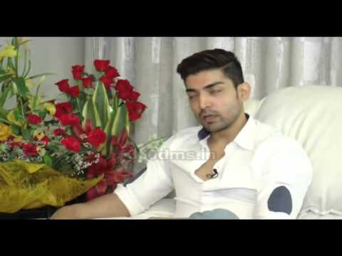 Video Gurmeet Choudhary Talking About His Live-In Relationship With Debina Bonnerjee download in MP3, 3GP, MP4, WEBM, AVI, FLV January 2017