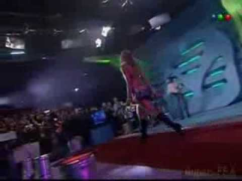 Modelos argentinas bailando en la pasarela