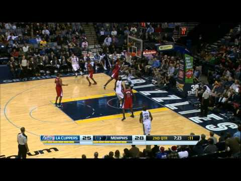 Mike Conley Shows Off His Handles Against the Clippers