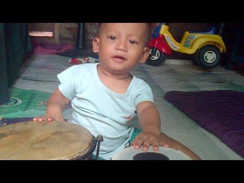 Video Dangdut pengamen RHOMA IRAMA kw download in MP3, 3GP, MP4, WEBM, AVI, FLV January 2017
