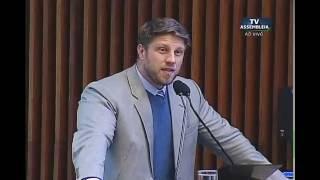 Requião Filho critica política municipal de assistência aos moradores de rua