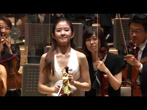 See video  Stravinsky Violin Concerto
