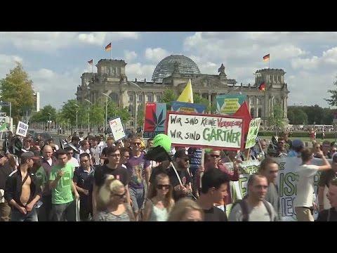 Γερμανία: Διαδήλωση υπέρ της νομιμοποίησης της μαριχουάνας