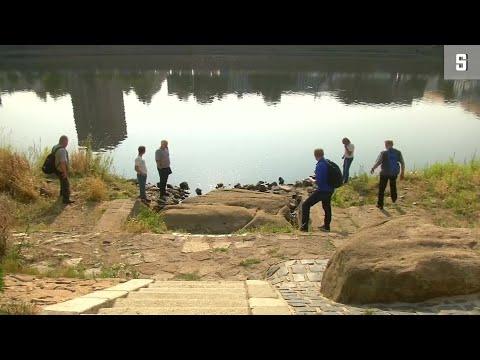 Elbe in Tschechien: Dürre legt jahrhunderte alte Hungersteine frei