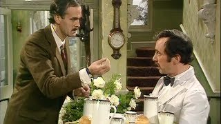 Video Basil Gives Manuel a Language Lesson | Fawlty Towers | BBC Comedy Greats MP3, 3GP, MP4, WEBM, AVI, FLV Oktober 2018