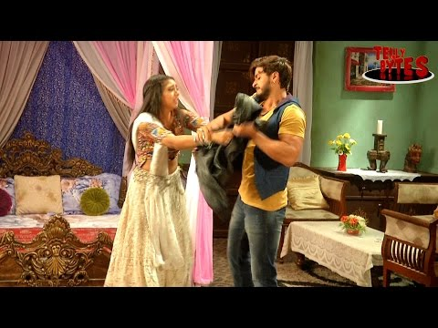 Shivani behaves like a LOVESTRUCK in Ghulaam