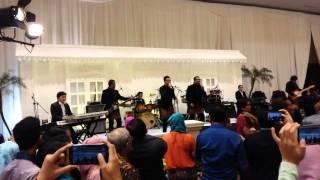Kahitna - cerita cinta (kahitna dinikahan karinda) live