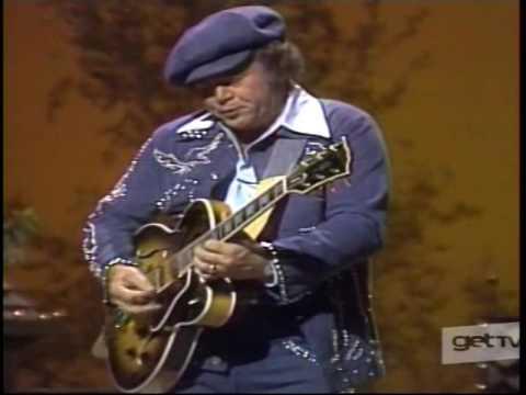 "Roy Clark A ""Good Ol' Boy"" Plays A Mean Guitar ~ Live (1976)"