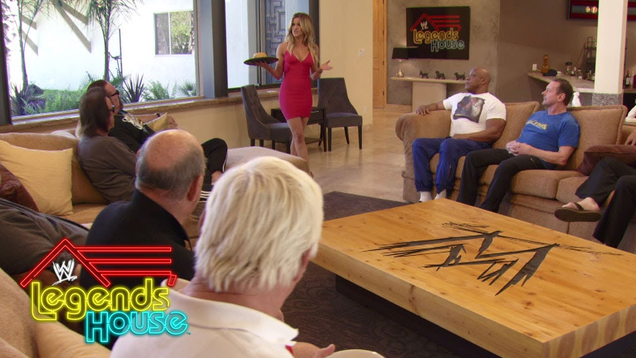 """Ashley introduces herself to the cast of """"WWE Legends' House"""": WWE Legends' House, April 17, 2014"""