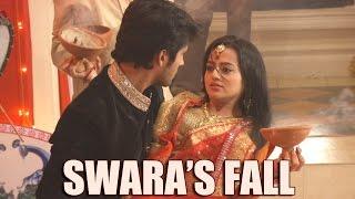 Swara and Ragini's Durga Pooja Dance | Swara falls on Laksh
