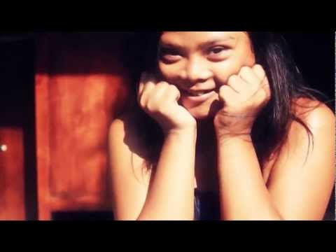 Dialog Dini Hari - Pelangi (Official Music Video)