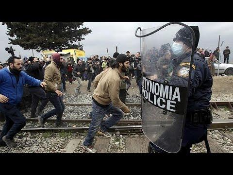 Χιλιάδες πρόσφυγες εγκλωβισμένοι στην Ειδομένη – Με το σταγονόμετρο η διέλευση προς την ΠΓΔΜ