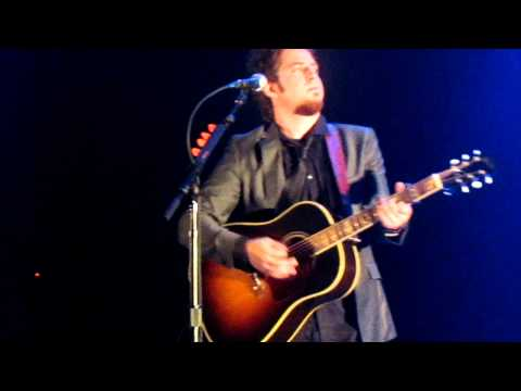 Lee DeWyze NYC Stay and Pretty Eyes
