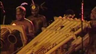 http://ozoutback.com.au Pan Pipers from Malaita Island in the Solomon Islands play and dance at the Mini Festival of Melanesian...