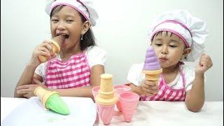 Video Mainan Anak Ice Cream POPS Maker 💖 Cara Mudah Membuat Es Krim POPS Susu Enak 💖 Let's Play MP3, 3GP, MP4, WEBM, AVI, FLV Januari 2019