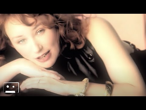 Tori Amos - Sleeps With Butterflies