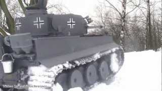 Winterfeldzug Tiger 1 Tank M 1:16 RC Winter Campaign Tiger 1 Broken Axle