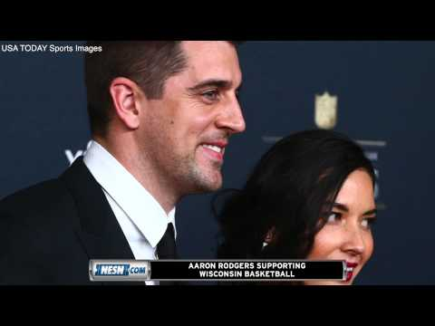 Video: Aaron Rodgers, Olivia Munn Attend Wisconsin Basketball Game