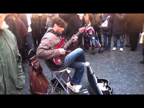 Street guitarist (Marcello Calabrese) plays Stairway To Heaven