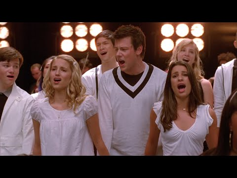 GLEE - Keep Holding On (Full Performance) HD