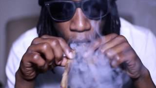 (VIDEO) Yung Simmie - 7 Gram Blunt Prod PurpDogg