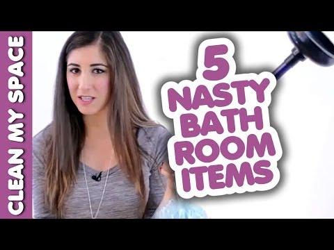 她把馬桶刷擺在馬桶上10分鐘時大家都皺眉好奇她要幹嘛,聽了解說後大家立馬就衝進浴室照做!