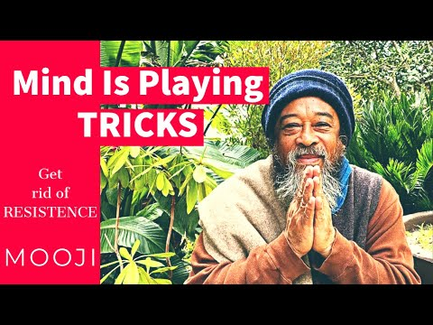 Mooji Video: Looking at the Tricks of the Mind