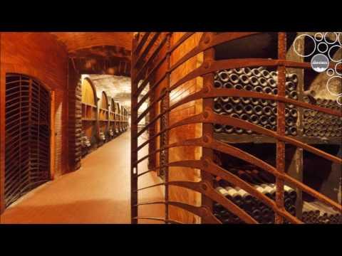 Weinland Südtirol - Weinkeller