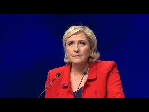 Présidentielle: l'attentat déjoué favorise-t-il Marine Le Pen pour le 1er tour?