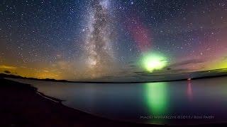 Stunning Milky Way time-lapse photobombed by Aurora Borealis