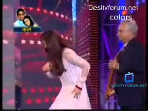 Video Aishwarya Rai Bachchan   Apsara Awards 2011 download in MP3, 3GP, MP4, WEBM, AVI, FLV January 2017