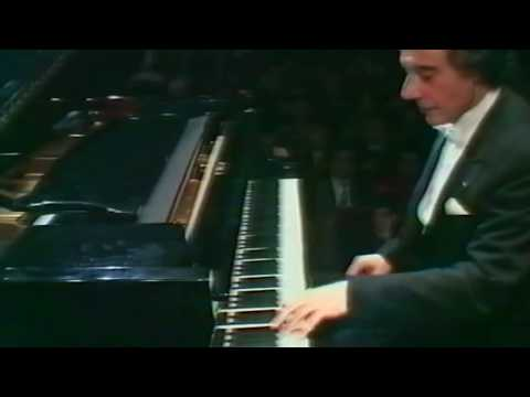 Theme from Mission Impossible played by Lalo Schifrin (1995)