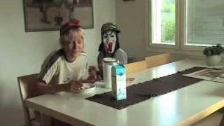The 2 COOL GUYS - Puuroa (Lady Gaga - Poker Face Parody)