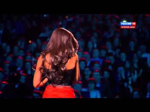 Нюша - Цунами (Юдашкин Россия HD)
