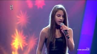 """Bade Karakoç final performansı için """"Empire State"""" şarkısını seslendirdi."""