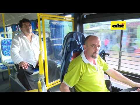 Un chofer que ve a los pasajeros como a su familia