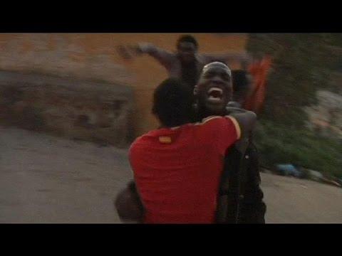 Espagne : 60 migrants franchissent le grillage de Melila