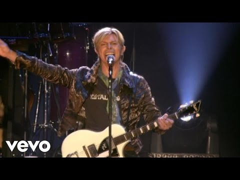 David Bowie - Sister Midnight (Live at the Isle of Wight)