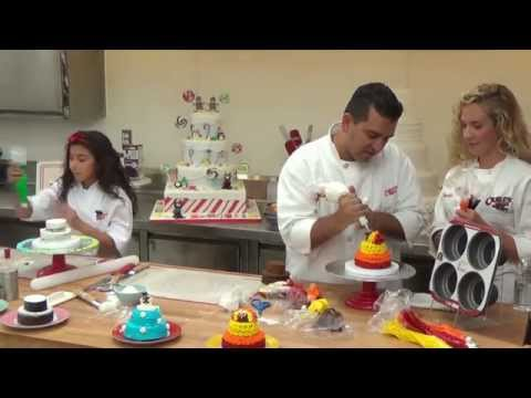 Baking & Decorating - Cake Boss Bakeware