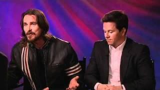 Video Christian Bale Sings the Powerpuff Girls Theme MP3, 3GP, MP4, WEBM, AVI, FLV Januari 2018
