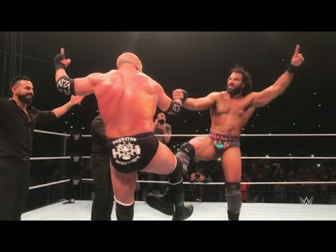 Triple H And Jinder Mahal Dancing In The Ring At India Delhi WWE Live