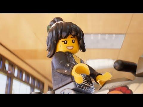 The Lego Ninjago Movie (TV Spot 'Me & My Minifig: Abbi Jacobson')