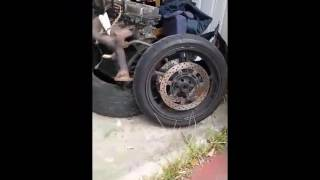 9. Yamaha FZ6 Front wheel removal