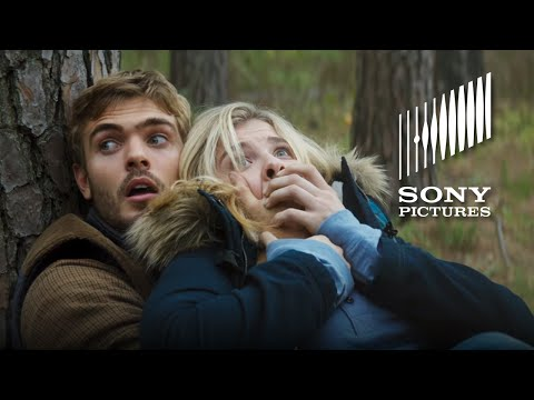 The 5th Wave (Clip 'The Chase')