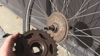 Video How to Change a Freewheel/Cassette on a Bicycle MP3, 3GP, MP4, WEBM, AVI, FLV Juni 2017