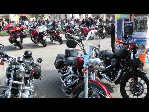Zahájení moto sezony Poděbrady 2011.