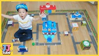 로보카 폴리 도로놀이 테이프 에이스로 브룸스타운을 만들기 타요 친구들을 헥스버그에게서 구해줘! 장난감 놀이 POLI Toy Play [제이제이 튜브-JJ tube]