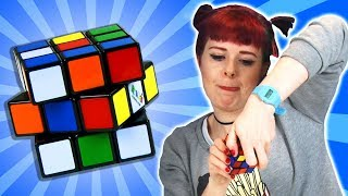 Video Drunk People Try Solve A Rubik's Cube MP3, 3GP, MP4, WEBM, AVI, FLV Maret 2018